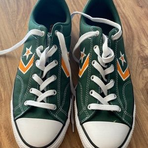 Convers sneakers Size 10.5